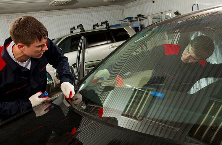 windshield replacement Hamilton